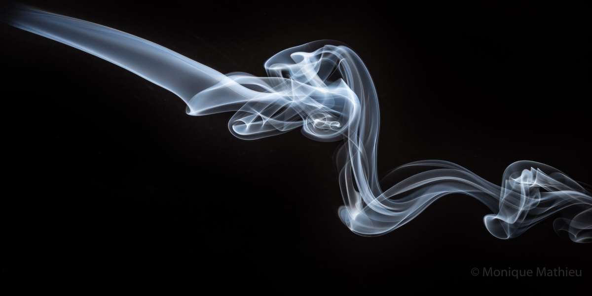 Tanzende Rauchschwaden